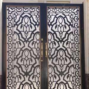 Плазменная резка двери